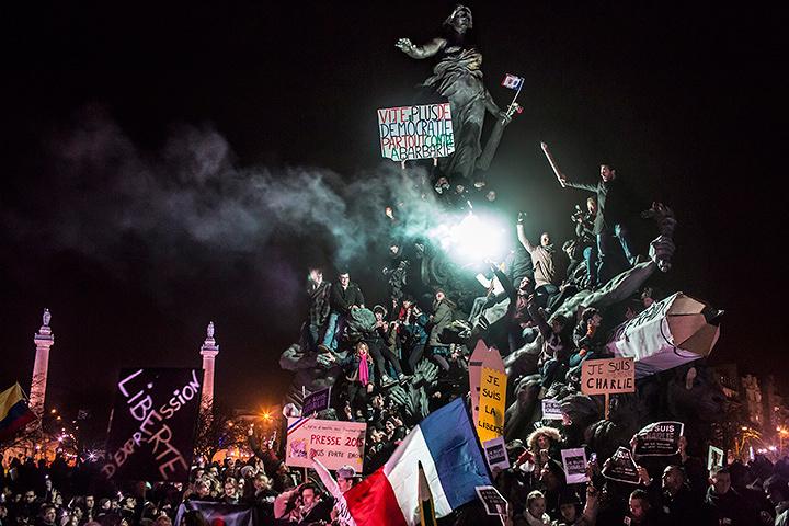 スポットニュースの部 単写真2位 コレンティン・フォーレン(フランス) 2015年1月11日 パリ(フランス)