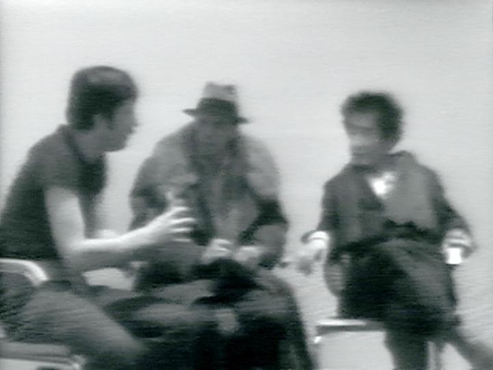 ヨーゼフ・ボイス、ダグラス・デイヴィス、ナム・ジュン・パイク『 A Conversation』1974, Courtesy of Electronic Arts Intermix (EAI), New York