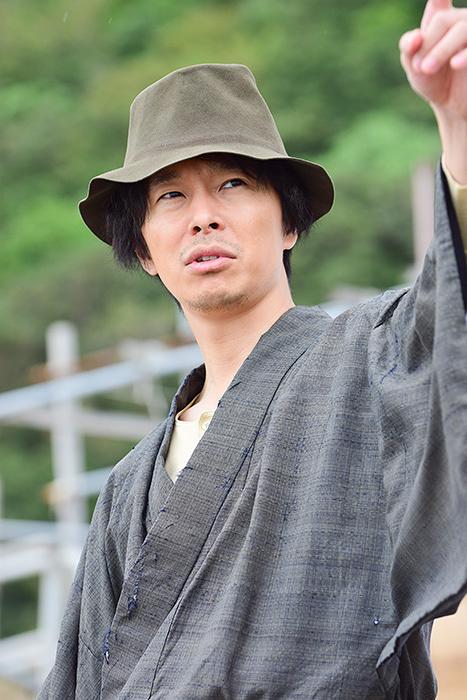 『獄門島』に出演する長谷川博己