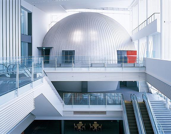 日本科学未来館 6Fドームシアター