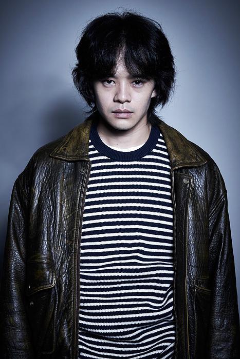 『銀と金』で森田鉄雄役を演じる池松壮亮 ©テレビ東京