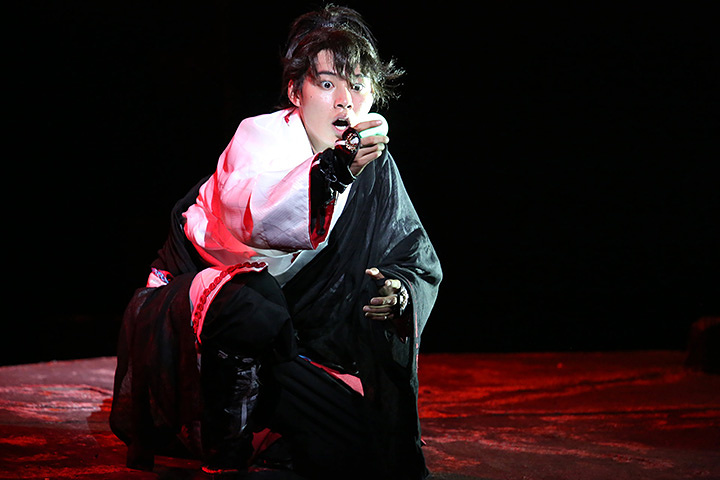 山崎賢人 『里見八犬伝』2014年の公演より