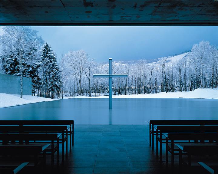 安藤忠雄『水の教会』1988年 北海道 撮影:白鳥美雄