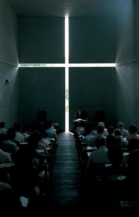 安藤忠雄『光の教会』1989年 大阪府 撮影:新建築社