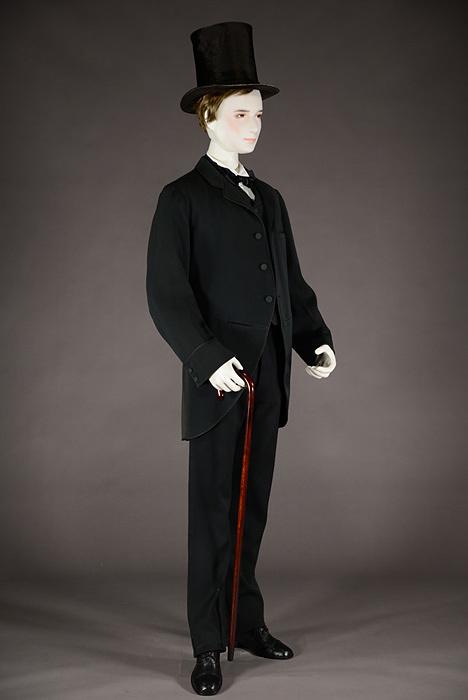 メンズ・スーツ 1870-80年頃 アメリカ 神戸ファッション美術館蔵