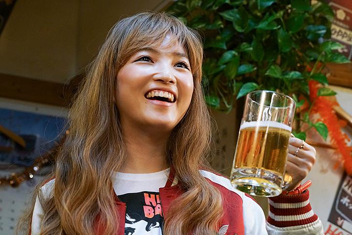 『吉田類の「今宵、ほろ酔い酒場で」』 ©2017『吉田類の「今宵、ほろ酔い酒場で」』製作委員会