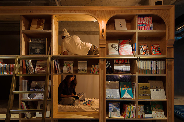 BOOK AND BED TOKYO 東京店内観 ©R-STORE 2015