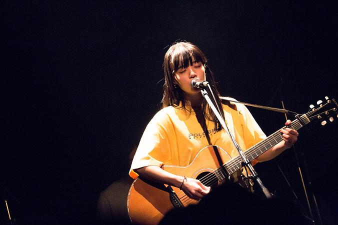 あいみょん 2017年2月18日に大阪・阿倍野のROCKTOWNで開催された『272ツアー』大阪公演より