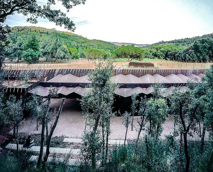 Bell–Lloc Winery, 2007, Palamós, Girona, Spain, Photo by Hisao Suzuki