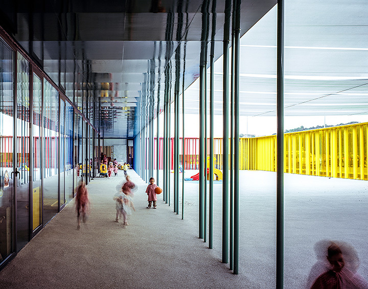 El Petit Comte Kindergarten, 2010, Besalú, Girona, Spain In collaboration with J. Puigcorbé Photo by Hisao Suzuki