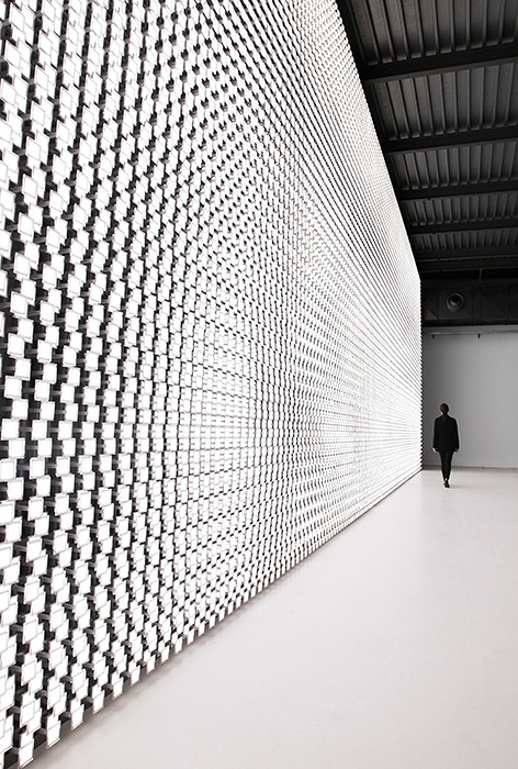 『TOKUJIN YOSHIOKA x LG : S.F_Senses of the Future』展示風景