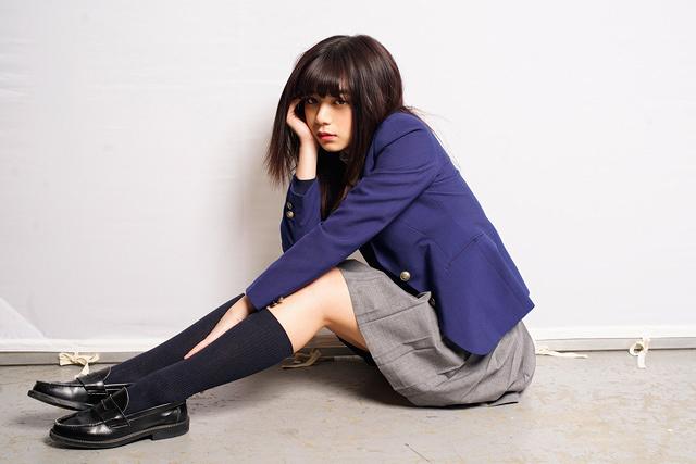 吉崎麻理役の池田エライザ ©フジテレビ