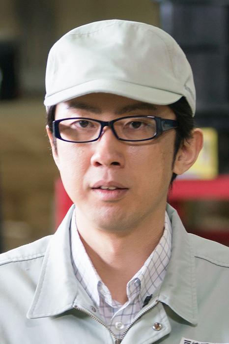 秋山賢治役の中村元気 ©テレビ東京