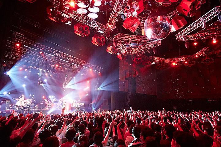 ぼくのりりっくのぼうよみ 5月21日新木場STUDIO COAST公演より 写真:平田浩基