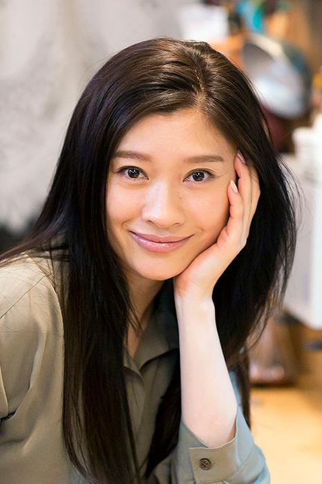 篠原涼子 ©テレビ東京