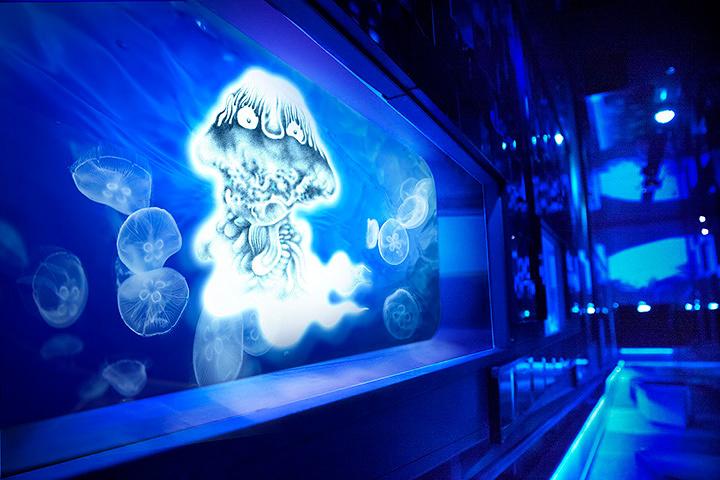 『水木しげる×すみだ水族館 水の妖怪トンネル』イメージビジュアル ©水木プロダクション