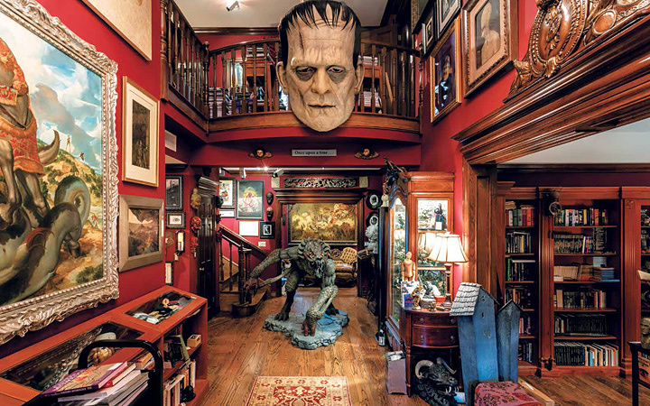 『ギレルモ・デル・トロの怪物の館 映画・創作ノート・コレクションの内なる世界』より