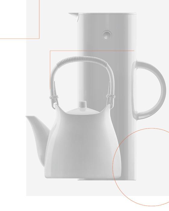 柳宗理『白磁土瓶』1956年 1999年復刻、イーレク・マウヌスン『バキュームジャグ』 ステルトン 1977年 グラフィックデザイン:原研哉