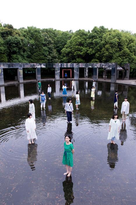 パルテノン多摩×世田谷シルク『こいの棲む家』イメージビジュアル