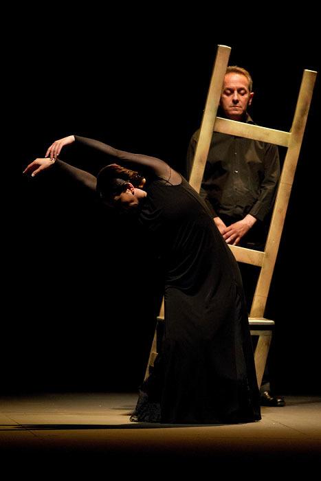 エバ・ジェルバブエナ『Apariencias 仮面』より ©Daniel Perez_ Teatro Cervantes