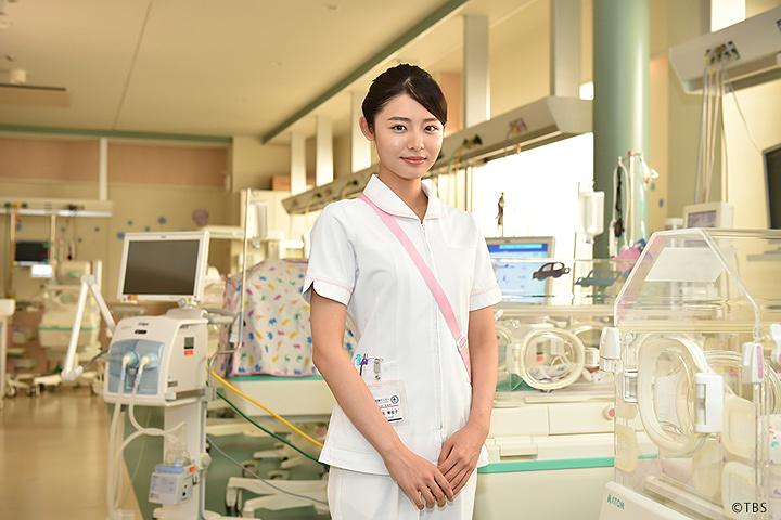 麻生理佐子役の古畑星夏