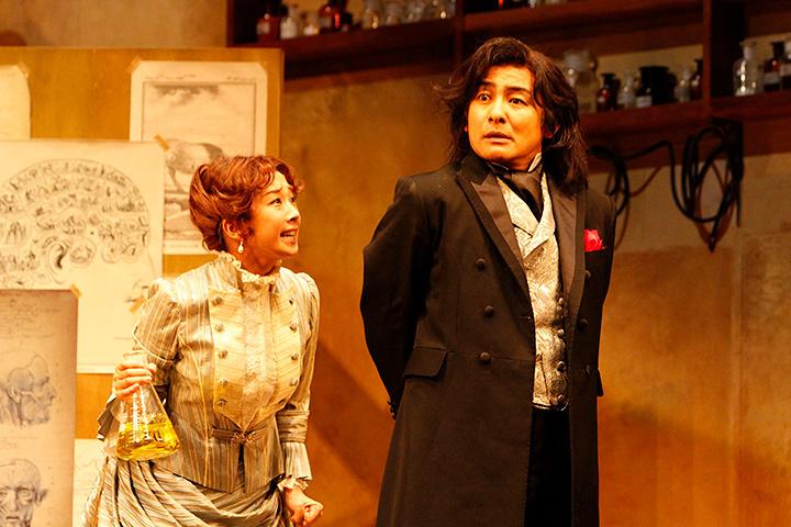 『酒と涙とジキルとハイド』公演風景