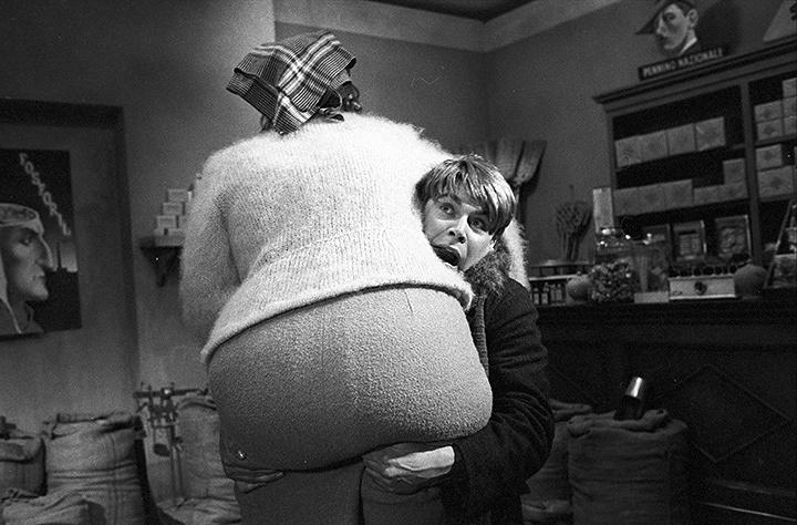 『フェリーニのアマルコルド』 © 1973 - F.C. PRODUZIONI S.R.L – PROCUCTIONS ET EDITIONS CINEMATOGRAPHIQUES FRANCAISES.