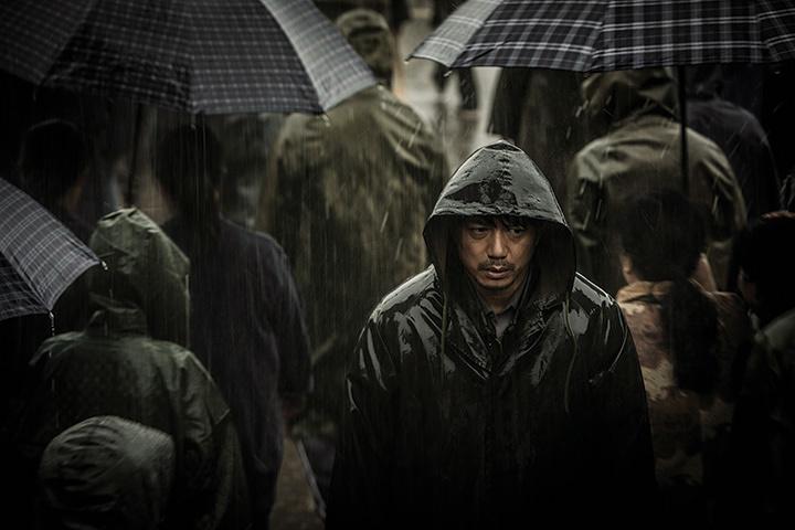 『迫り来る嵐』(監督: ドン・ユエ) ©The Looming Storm