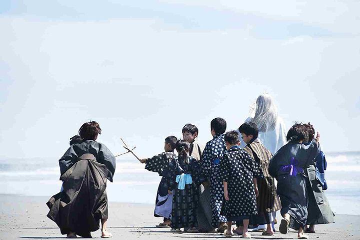 『銀魂』 ©空知英秋/集英社 ©2017 映画「銀魂」製作委員会