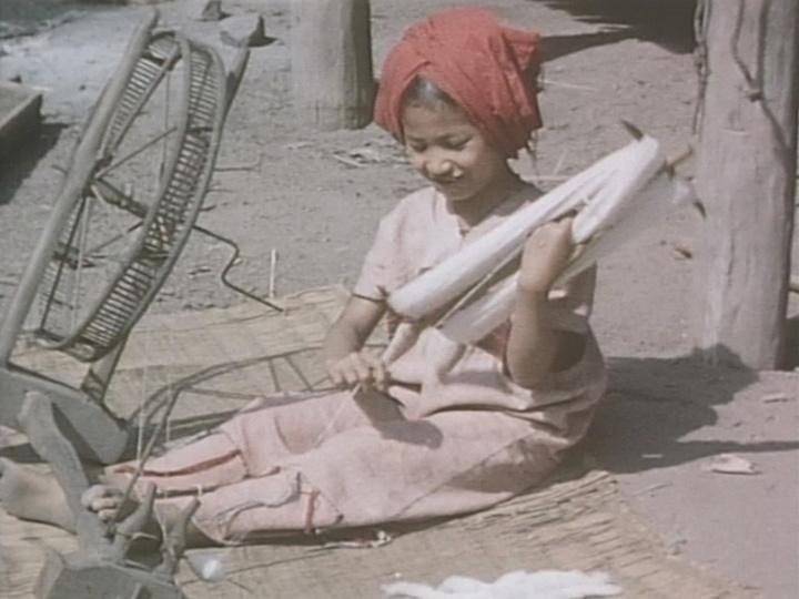 『紡ぎと織り』