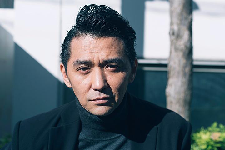 清水浩司役の村上淳 ©『電影少女 2018』製作委員会