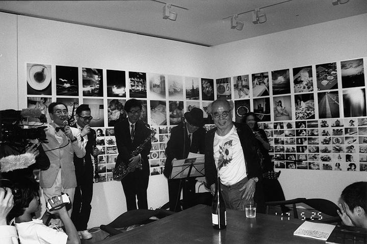 荒木経惟『北斎乃命日』2017年 作家蔵 ©Nobuyoshi Araki courtesy of the artist and Yoshiko Isshiki Office, Tokyo