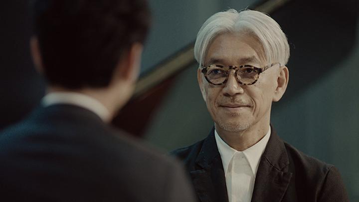 サッポロ生ビール黒ラベル「大人エレベーター」新CMより
