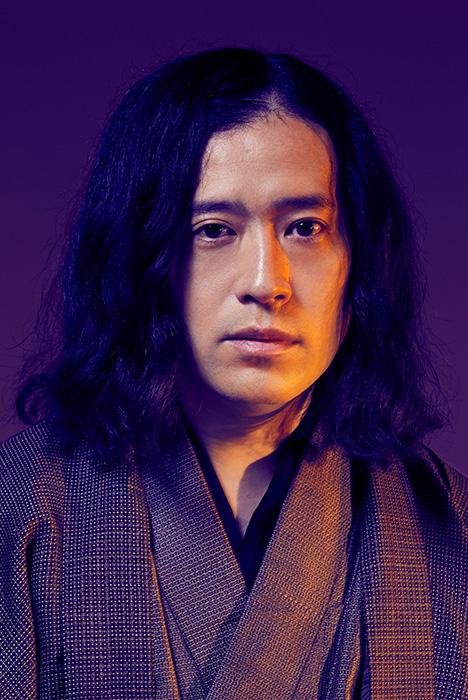 又吉直樹『火花』が舞台化 観月ありさが本人役で主演、又吉も本人役で登場