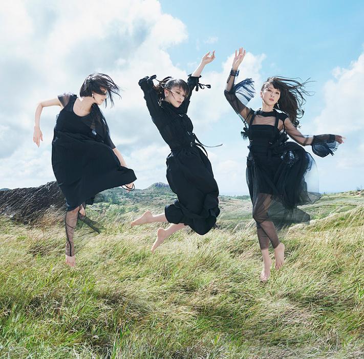 Perfume『無限未来』通常盤ジャケット