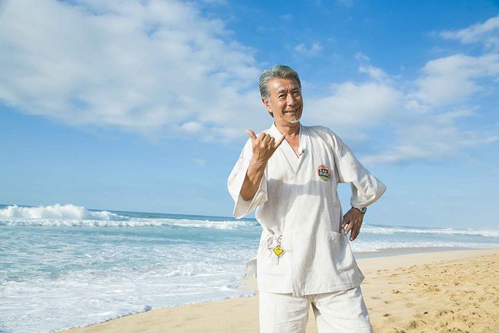 『高田純次のセカイぷらぷら ハワイをぷらぷら編』より ©BS12 トゥエルビ / D:COMPLEX