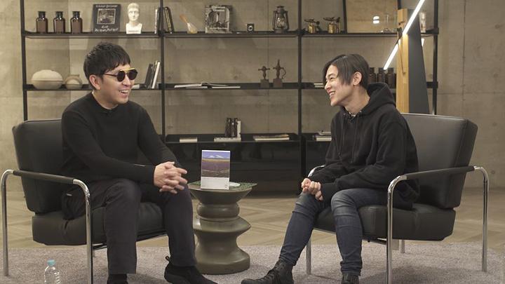 左からTaku Takahashi、DÉ DÉ MOUSE