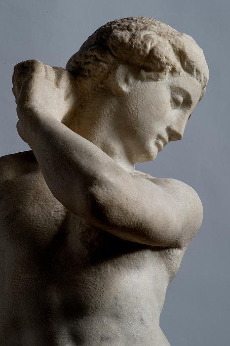 ミケランジェロ・ブオナローティ『ダヴィデ=アポロ』1530年頃 バルジェッロ国立美術館蔵 Florence, Museo Nazionale del Bargello