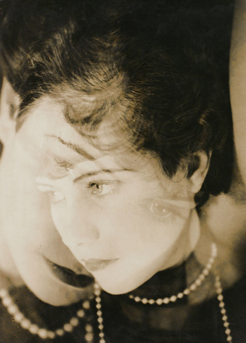 ウンボ『同時的ポートレート』1928年
