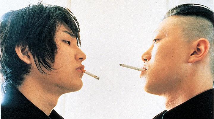 『青い春』(監督:豊田利晃) ©松本大洋/小学館・「青い春」製作委員会 2001
