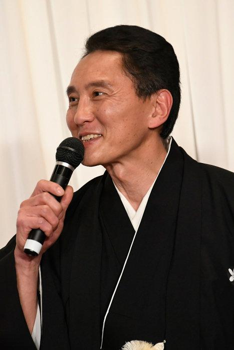 松重豊 『この道』クランクアップ報告記者会見より ©LDH JAPAN