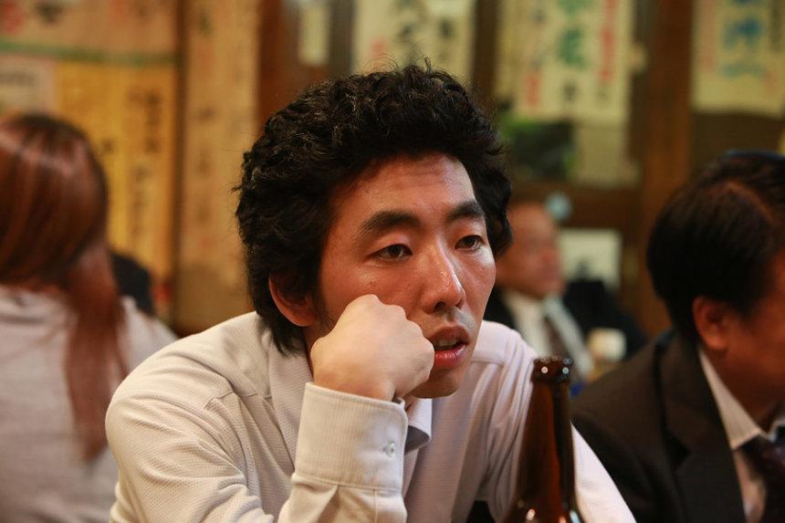 田島薫役の柄本時生 ©「宮本から君へ」製作委員会