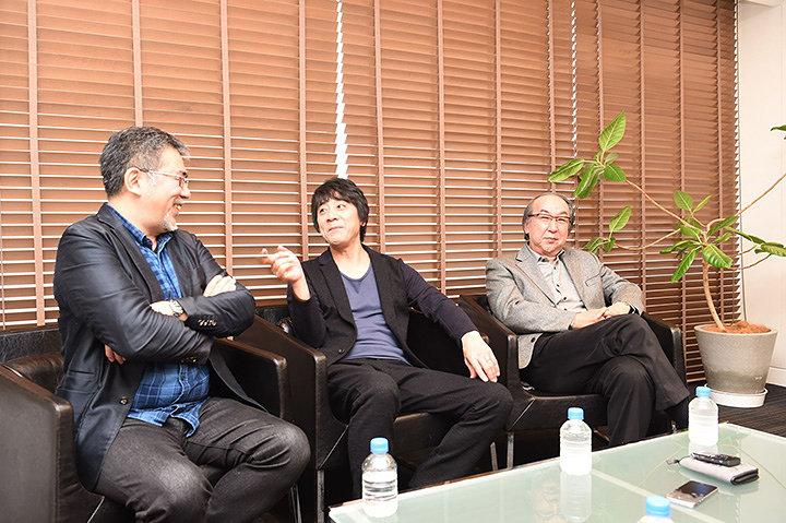 左から篠原哲雄、山崎まさよし、横山秀夫