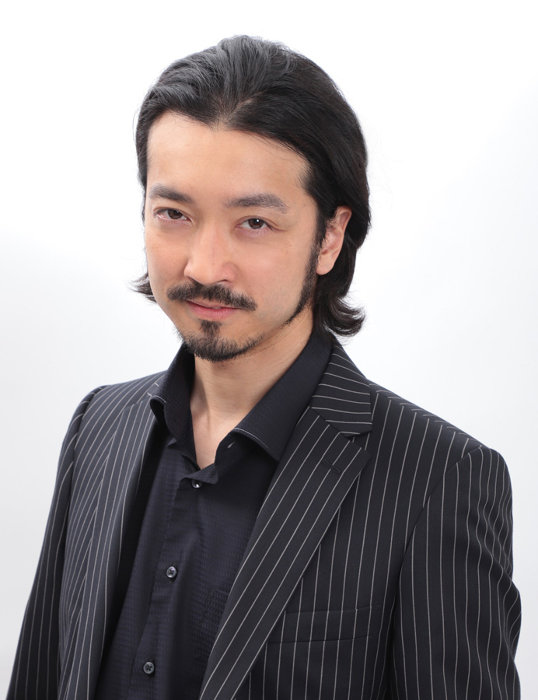 八丁役の金子ノブアキ ©岩城宏士/講談社 ©「スモーキング」製作委員会