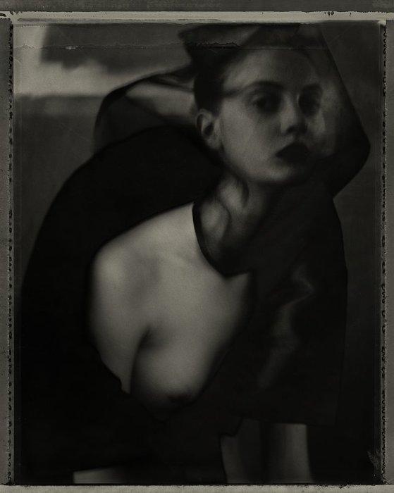Femme voilée ©Sarah Moon