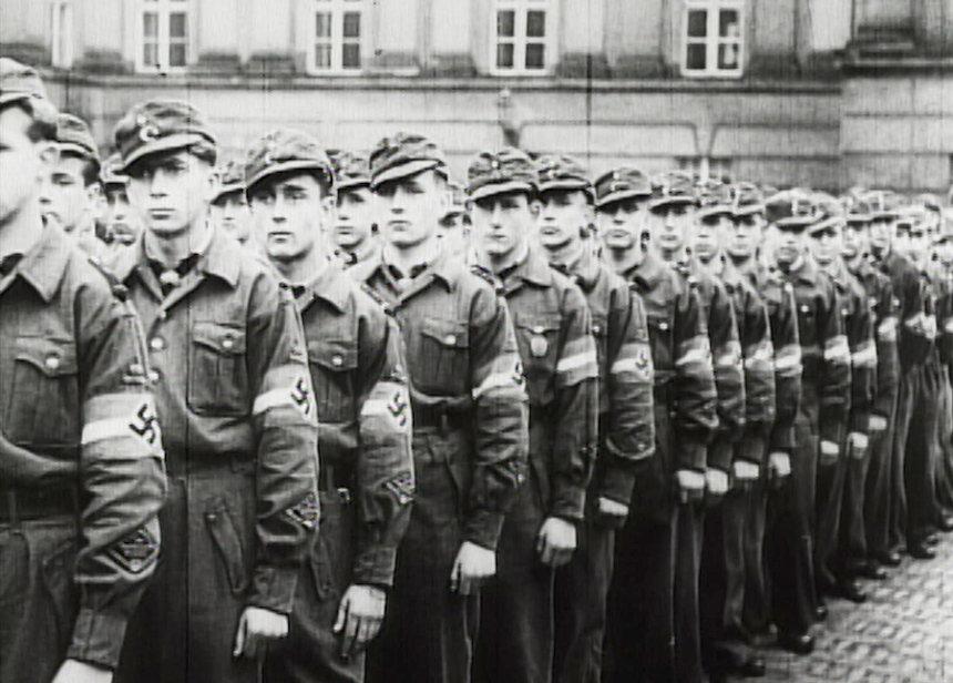 ナチス宣伝相の秘書が語る映画『ゲッベルスと私』 「総力戦演説」の ...