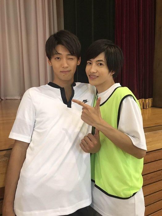 左から竹内涼真、志尊淳 ©2018「走れ!T校バスケット部」製作委員会