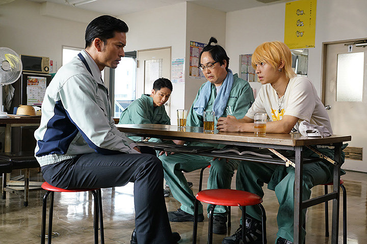 2018年公開 長瀬智也主演『空飛ぶタイヤ』配信開始!