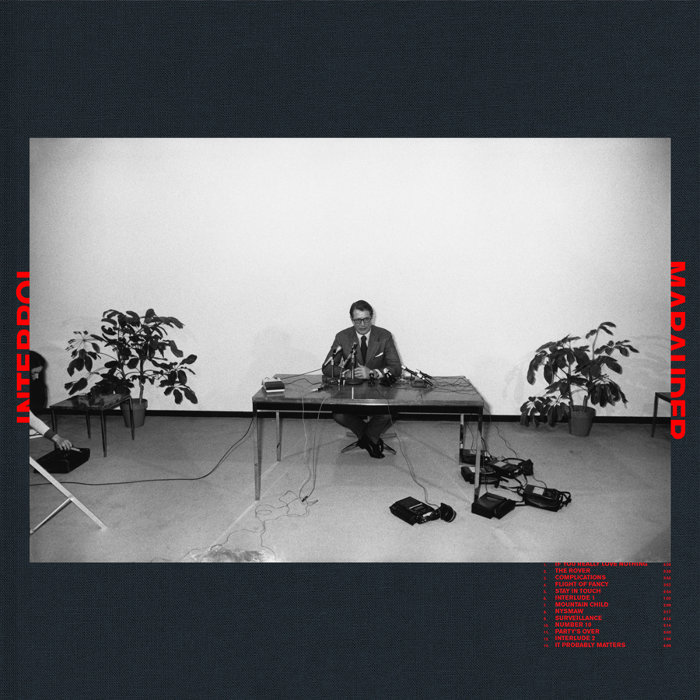 INTERPOL『MARAUDER』ジャケット