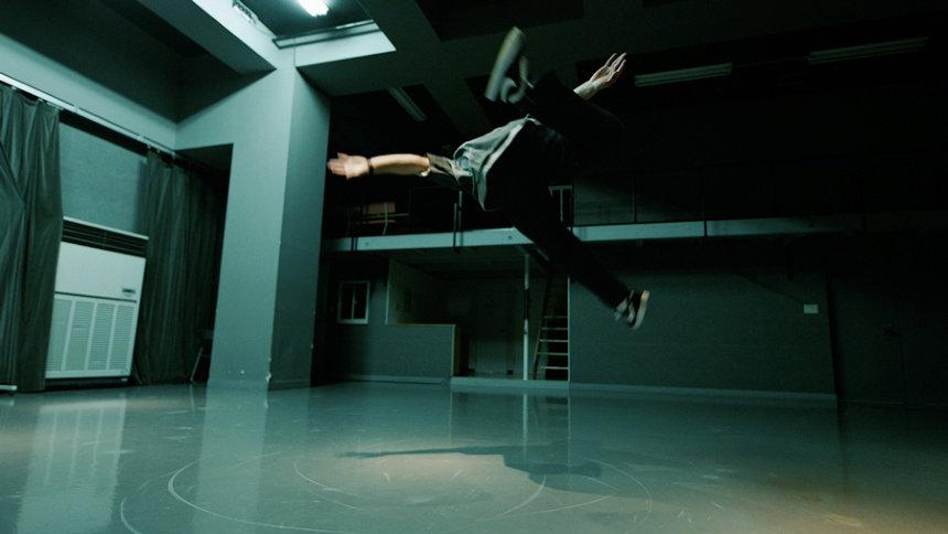 フォルクスワーゲン「up!」ブランドムービー第4弾「刺激を求めてUP! ALL NIGHT」より